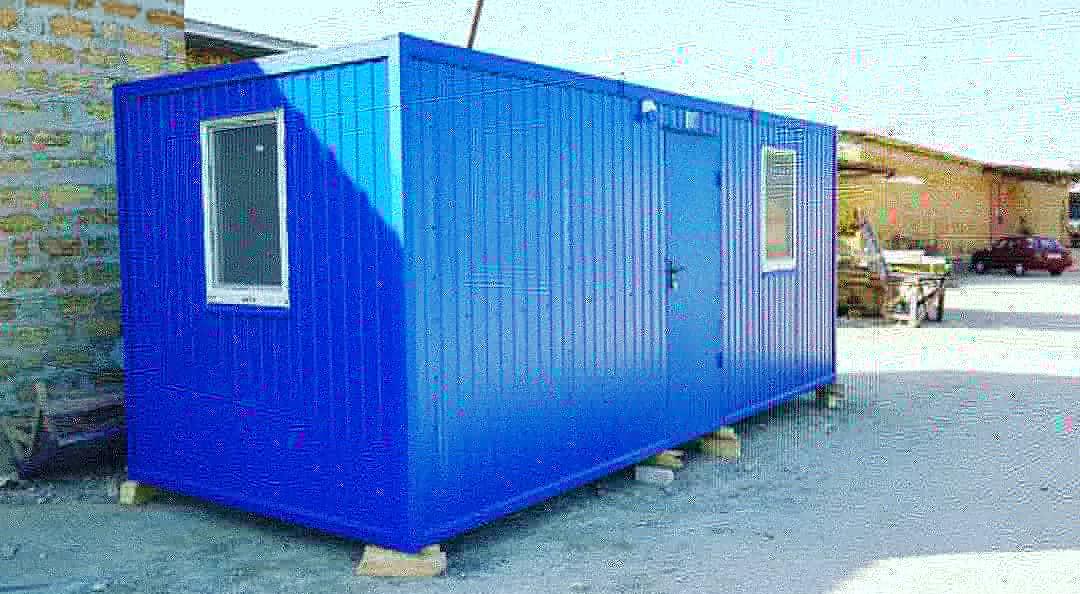 Блок контейнер 7х2.4м с профнастильной крышей